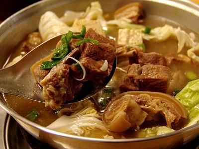 台中沙鹿美食‧阿寬羊肉爐燒鵝廚房